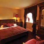  Llyndir Hall Hotel Bedrooms