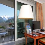  Executive twin room with mountain view