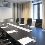  Meeting Room Tehi
