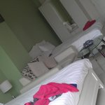 family statio room, 3-4 persons
