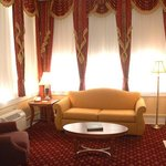 Roosevelt Suite Living Room