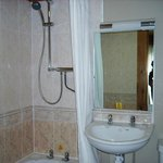  Bathroom in no 15