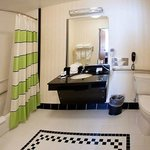  Extended Guest Bathroom