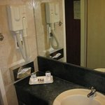 Room 612 bathroom, old fashioned (bad) hair dryer, no bar soap, limited bath amenities