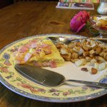 Ham and cheese Omelet with potato hash
