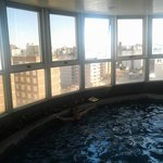  vista desde la piscina climatizada cubierta