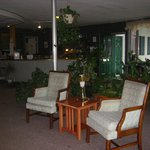 Lancaster Motor Inn