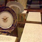 Lincoln plate by Caroline Harrison and Mary Lincoln letter