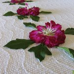  Welcome Flowers on the Bed