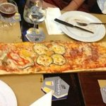  pizza della casa per due persone, Sottilissima molto buona