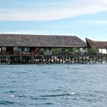  Borneo Divers jetty