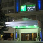 Holiday inn express detroit