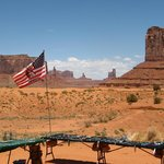  Trinkets, Flag, and Buttes!