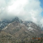 Snow peaks around Manikaran