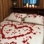  Bed of Roses Package