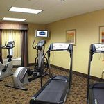  Hampton Inn and Suites Merced fitness center