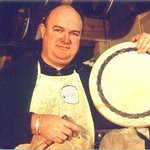 Roundstone Music & Crafts     Bodhran making daily.