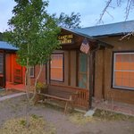Overland Trail Campground and RV Parkの写真