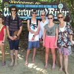 Zoe, Sam, Jono, Simon, Izzy & Kristina having a great time in Puerto!