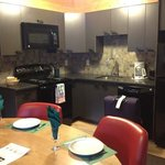 One Bedroom wolf condo dining and kitchen area