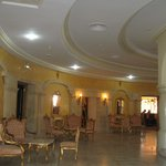  hall entre