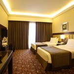  Deluxe Room 3