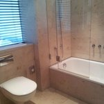 Modernes Badezimmer