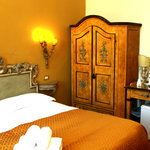 Residenza Vespucci B&B Florence Italy  double room yellow