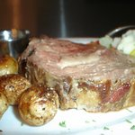 Prime Rib (available on Friday Dinner only)