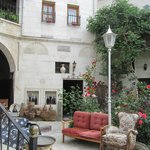  Sofa Hotel courtyard