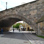 Way to Kampa under Charles Bridge)