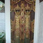  Balinese Doors, 14A
