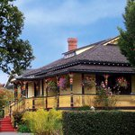 Photo of Albion Manor Bed and Breakfast Victoria