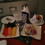 Room Service Amenity!!! Excellent Wine! Romance Package!
