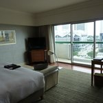  Room 1133, lots of space, nice TV