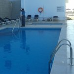  Piscina y solarium