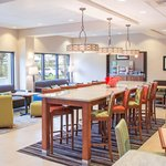  Hampton Inn Tampa-Veterans Expwy - Dinning Room