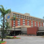  Ontario Airport Hotel - Inland Empire&#39;s Crown Jewel