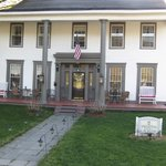 Brookside Inn at Laurens Bed and Breakfast