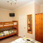 Family / Twin Ensuite - Room 3