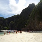  Phi Phi - View of the beach