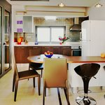  Kitchen and dinning.All the comforts of your own home in your vacation villa