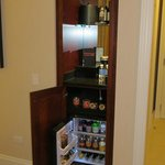  Mini bar and coffee maker in room 1044
