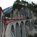  Traversing the Landwasser Viaduct