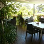 dining room deck (outdoor area)