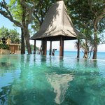  from dining: pool and Bali See