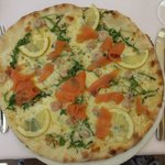 'Lemon' with smoked salmon & prawns. mmmm