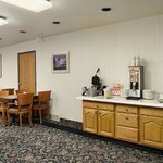 Φωτογραφία: Days Inn and Suites Logan