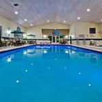 CountryInn&Suites DesMoines Pool