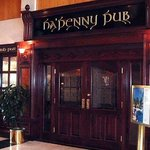  Ha&#39;Penny Pub Entrance